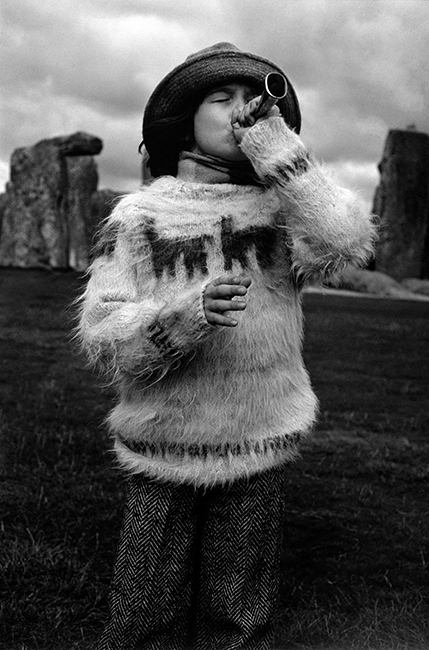 Duffy - French Elle Tweed - Stonehenge - October 1974