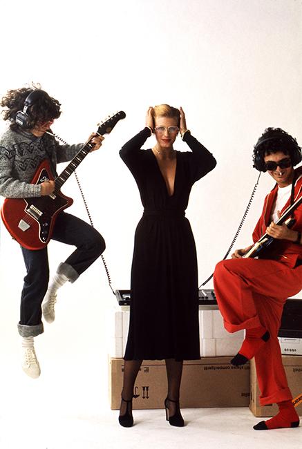 Duffy French Elle - Night Dress - November 1975