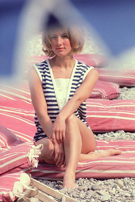 Pirelli - Pauline Dukes - May 1965