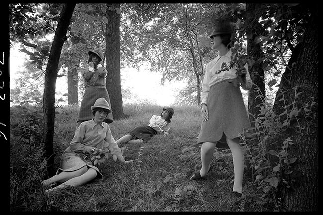 REGENT'S PARK - VOGUE - 1963