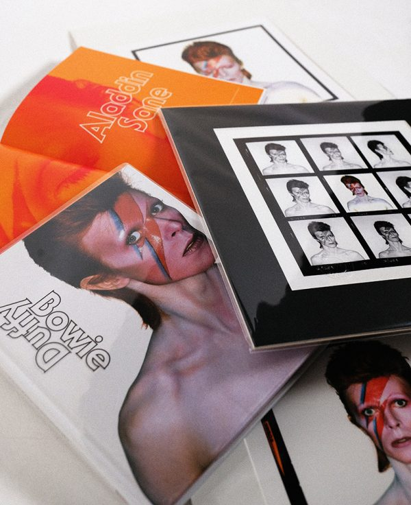 Aladdin Sane Print & Five Sessions Book